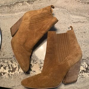 Kendall & Kylie Ankle Cowboy Boots